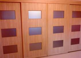 Examples of sliding wardrobes doors with contemporary design in.